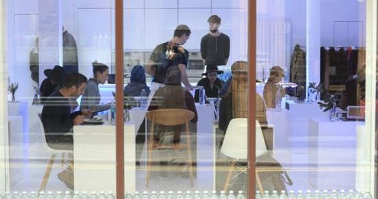 Glaceau Smartwater opens solo dining pop up EENMAAL in London